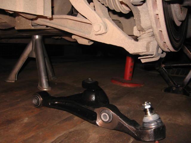 Замена рычагов подвески автомобиля